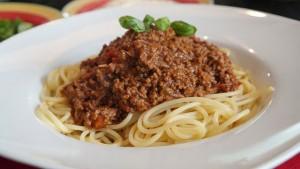 Pâtes italiennes bolognaise végétarienne